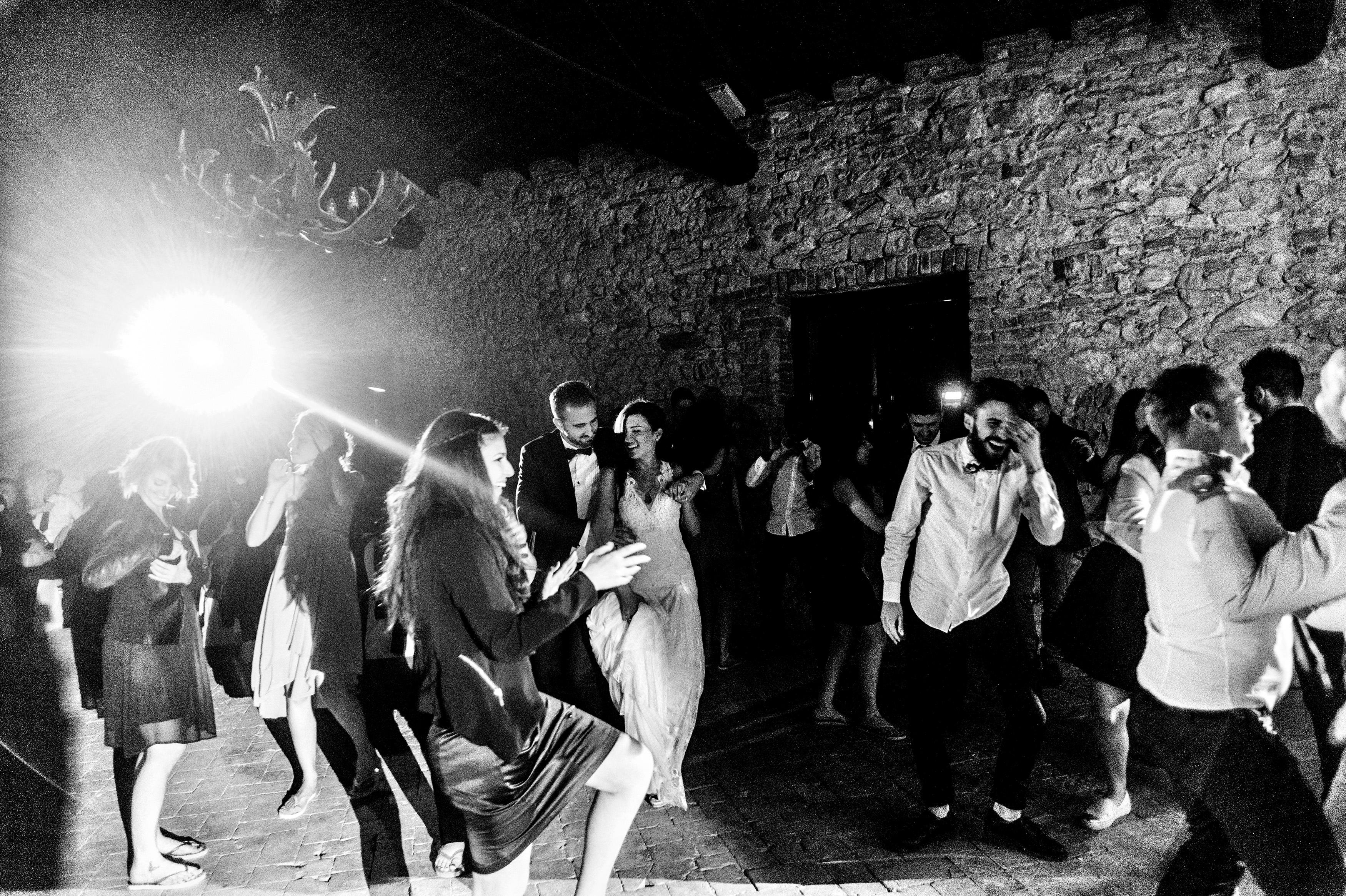 038gilbertiricca_castellodiscipione_fotografomatrimonio_2015