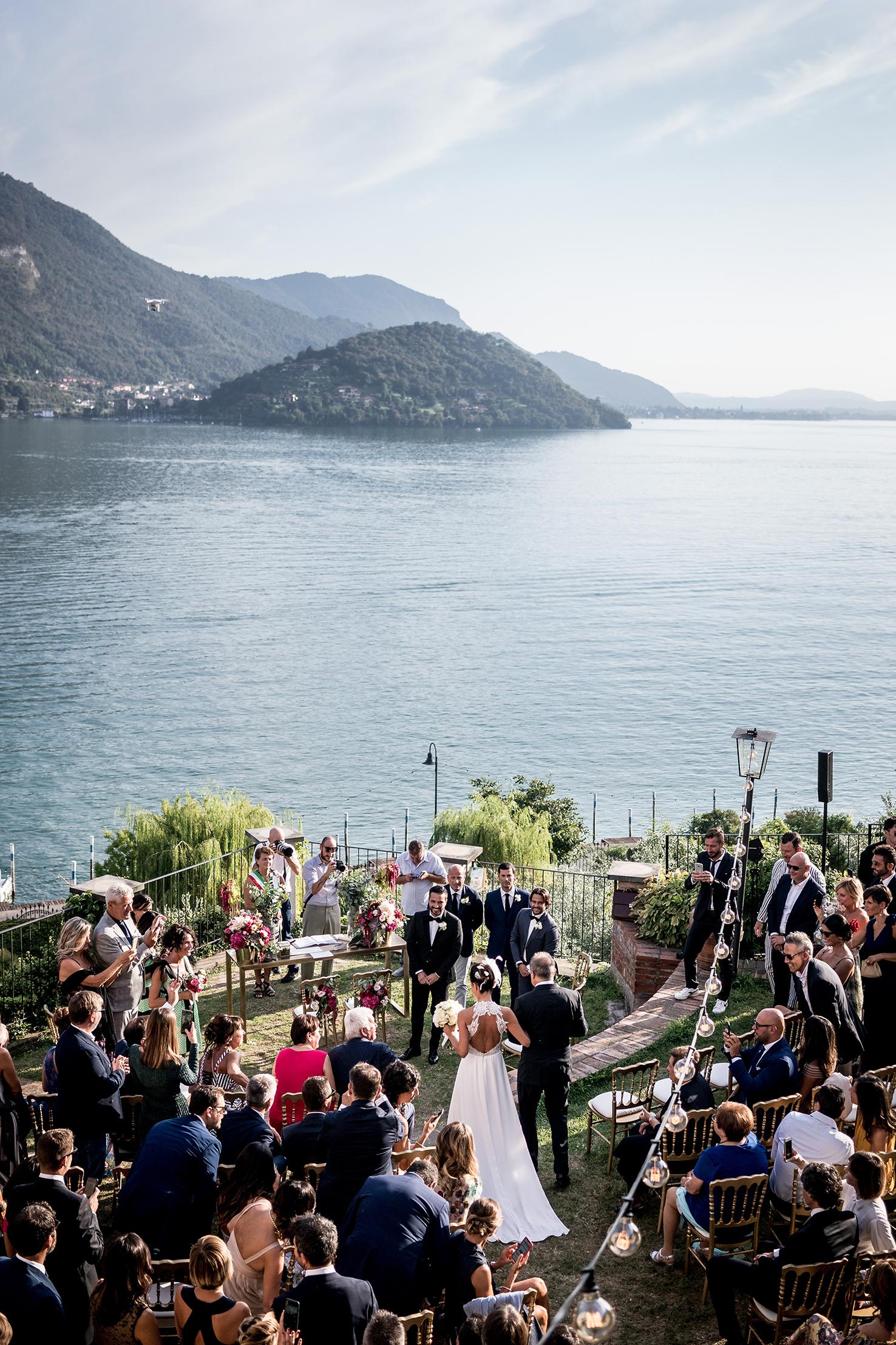 0016_gilberti_ricca_castello_oldofredi_montisola_fotografi_matrimonio
